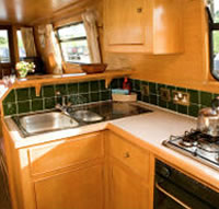The Weaver - a 10 Person Canal Boat