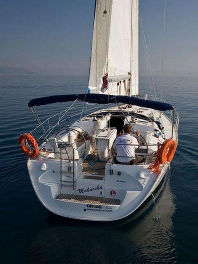 Makarska II - a Jeanneau Sun Odyssey 43