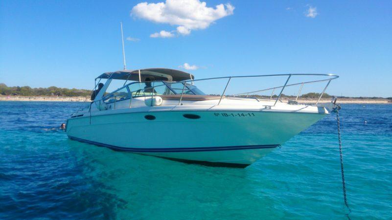 Muaa - a Sea Ray Sun Sport 40