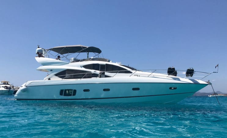 Priska - a Sunseeker Manhatten 60