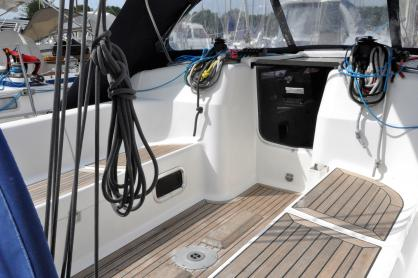 eVent - a Dufour 40