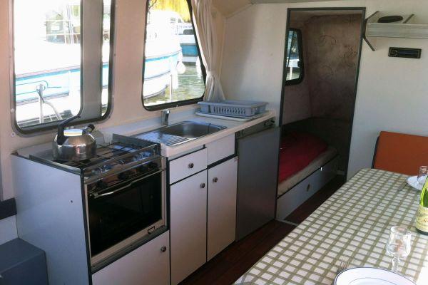 Riviera 920 - a Custom Built River Cruiser