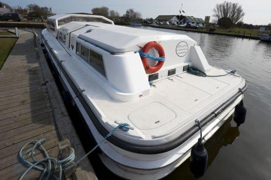 Amber Light - a River Cruiser