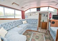 Caversham Emperor - a River Cruiser